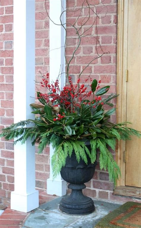 christmas urn designs front porch decorating ideas holidays