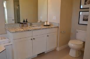 how can modern bathroom vanities be made more expressive
