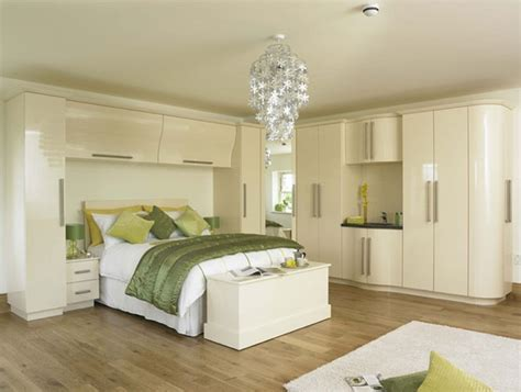 Fitted bedroom furniture allows you to maximize space amp stay organized 187 inoutinterior