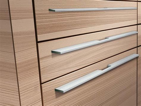 Long Kitchen Cabinet Handles by Quot Cubicle Style Cabinets With Profile Handles Are Trending