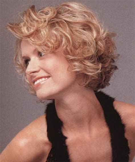 thin curly hair short haircuts short hairstyles for wavy fine hair