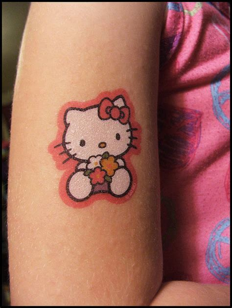 small hello kitty tattoos 24 beautiful hello tattoos desiznworld