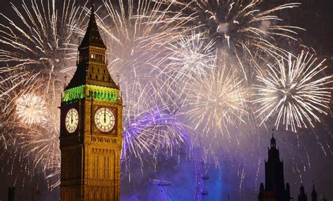 london new years eve 2015 boat party new year s eve thames cruise with fireworks blackfriars