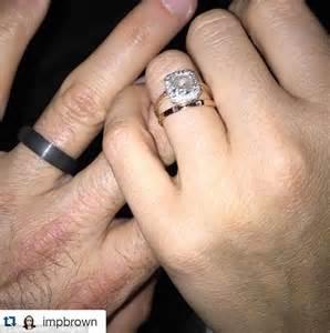 Wedding Rings New York City by Benanti And Brown Flash Their Wedding Rings
