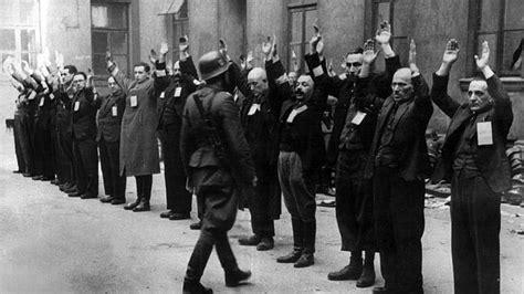 imagenes holocausto judio por nazis diez libros sobre el holocausto nazi arbeit macht frei