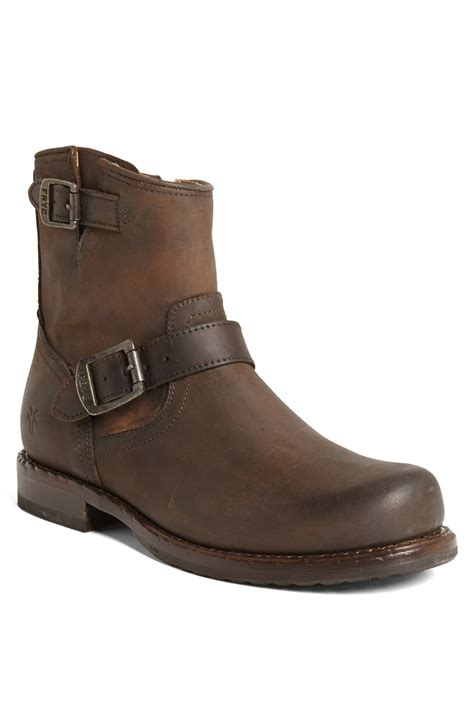 frye wade engineer boot in brown for lyst