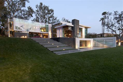 modern hill house designs eco friendly modernist luxury mansion in beverly hills