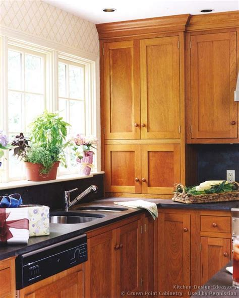 Shaker Style Kitchen Cabinets | shaker kitchen cabinets door styles designs and pictures