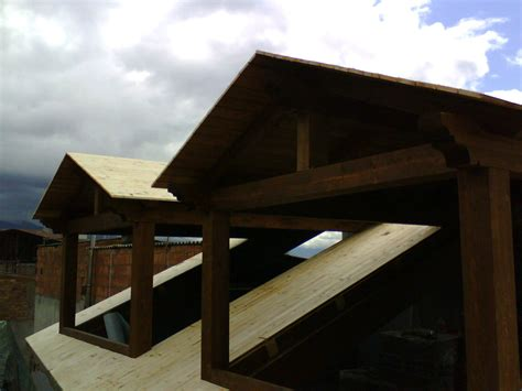 piccole tettoie in legno tettoie in legno coperture prefabbricati in legno
