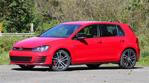 volkswagen gti sports car review 2017 volkswagen golf gti sport
