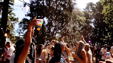 new year melbourne festival 2015 let them eat cake expands 2016 lineup craveonline