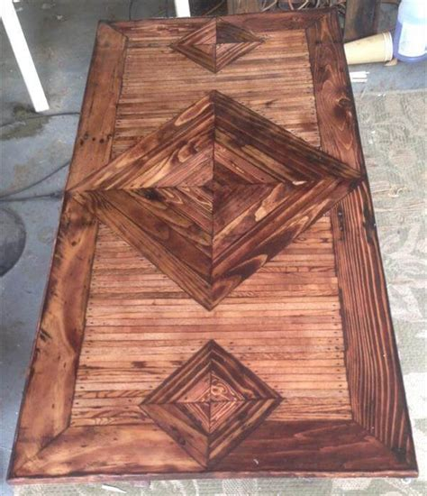 Pallet Coffee Table With Patterned Top 101 Pallets Pallet Wood Table Top