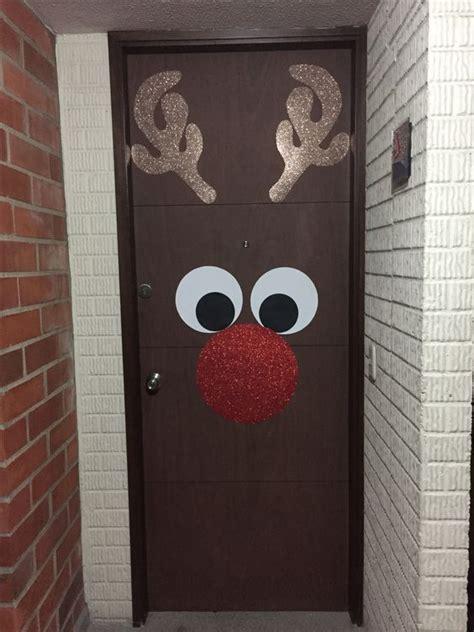 como decorar la puerta en navidad en forma de regalo inspiraci 243 n para decorar puertas de navidad 20 fotos