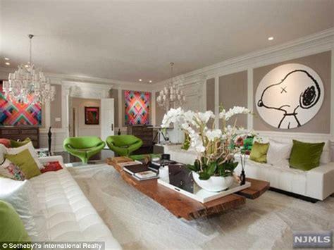 Sale Alesha Set By Kynarra and swizz beatz list their 14 9m mansion to make room artwork daily mail