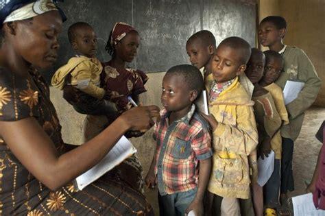 imagenes niños de africa ni 241 os africanos 40 fotograf 237 as de la infancia en 193 frica