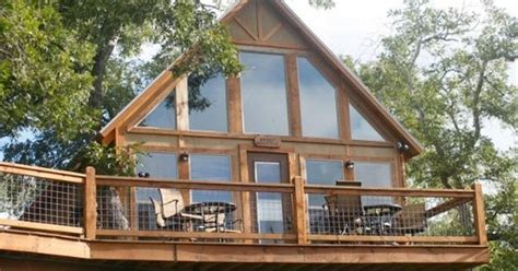 New Braunfels Cabins by New Braunfels Cabin Rental Geronimo Creek Retreat
