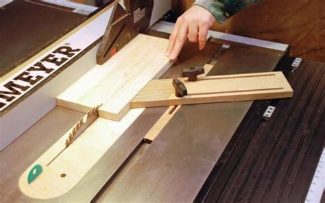 bench dog featherboard what is a featherboard for router table best router 2017