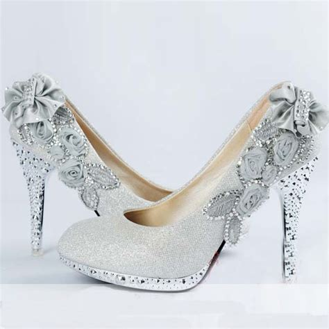 Wedding Dresses Shoes by Choose The Wedding Shoes For