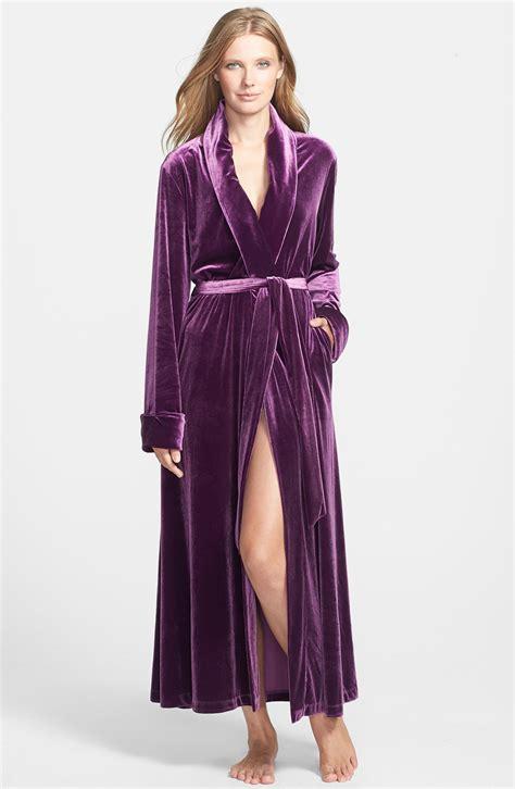 oscar de la renta robe oscar de la renta zahara nights velvet robe in purple