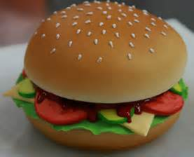 burger kuchen burger fancy a burger a burger cake that is did this