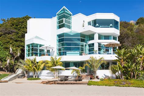 malibu beach house luxurious masterfully crafted paradise cove beach house in malibu freshome com