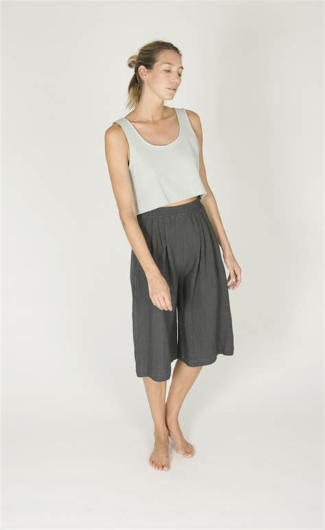 Lydyly Tank Top La 411 Free Size sleeveless from boutiques garmentory