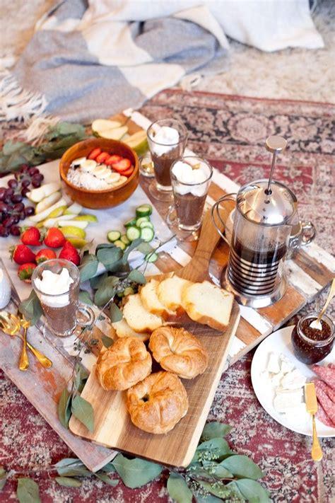 Indoor Picknick by Best 25 Indoor Picnic Ideas On