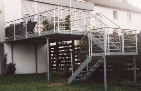 gel 228 nder au 223 engel 228 nder an einer treppe mit balkon - Au Engel Nder Treppe