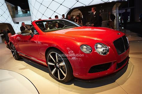 bentley v8s frankfurt 2013 bentley gt v8s and gtc v8s live photos