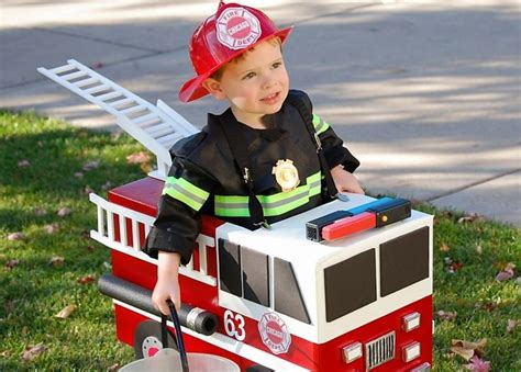 cute i need to redecorate my sons fireman s bedroom to 45 best fireman costume for kids images on pinterest