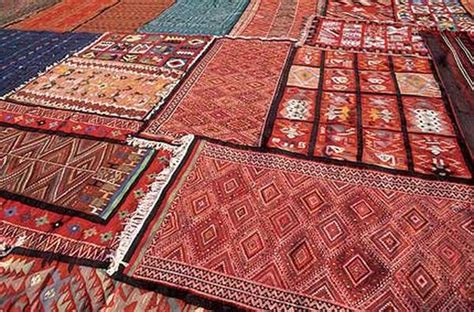 tappeti tunisini prezzi il bakhnoug un libro tessuto villa romana firenze zero