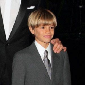 romeo beckham bio facts family famous birthdays