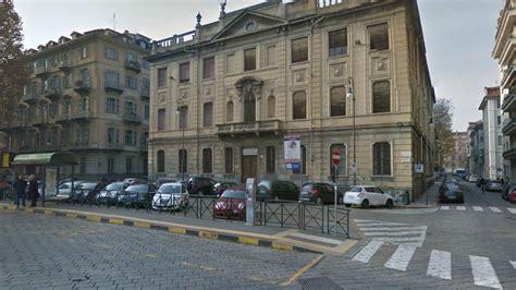 San Antica Sede Torino by Piazza Arbarello L Antica Sede Di Economia E Commercio Al