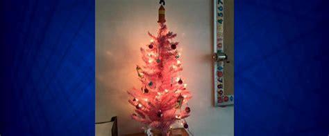 hs teacher can keep hello kitty christmas tree in