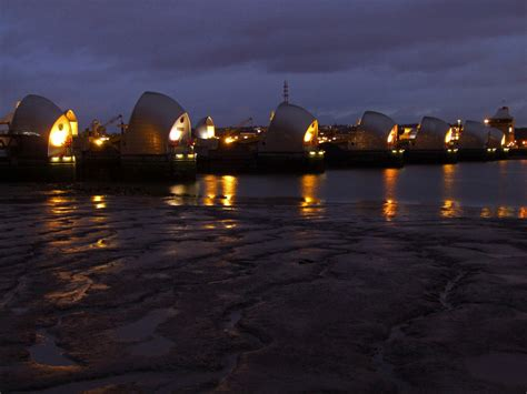 thames water barrier facts river thames barrier
