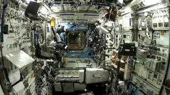 Iss Interior iss fragments