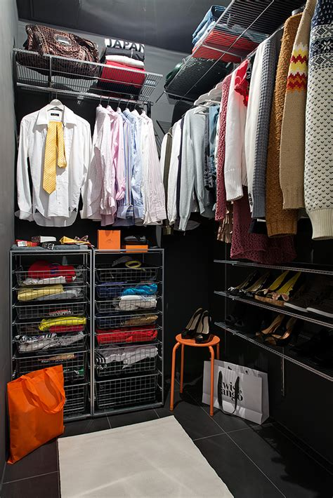 walk  closet configuration interior design ideas
