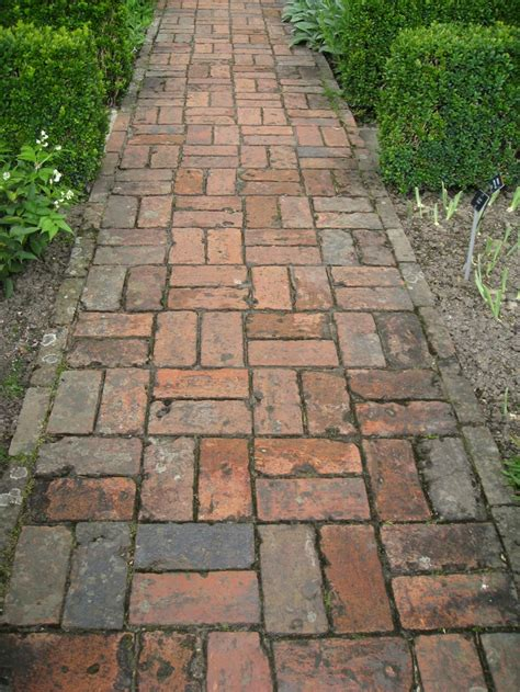 Front Yard Walkway Landscaping Ideas - 26 best images about brick laying patterns on pinterest