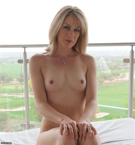Demure Mature Naked Sex Porn Images