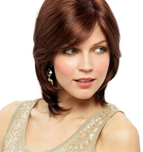 photo hair cut women oval face with high cheek bones haircuts for oval faces 30 30 marvelous short hairstyles