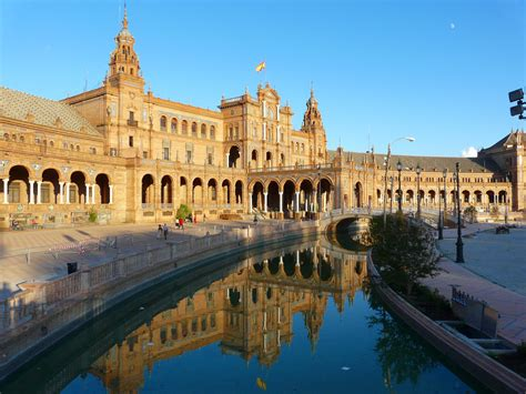 A Place Image File Seville Place D Espagne Jpg