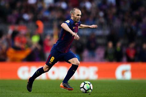 barcelona failed  bid   sign andres iniesta