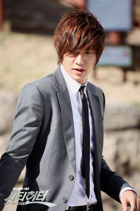 download film lee min ho city hunter added plenty of new pictures for the upcoming korean drama