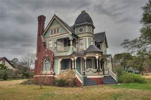 queen anne style house search in pictures