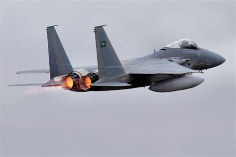 fast jets and other 1910690422 f 15 jet wallpapers 1400x934 60279