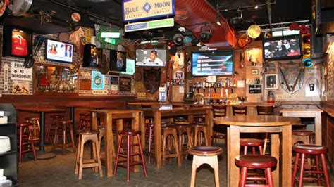 top sports bars nyc best bars in new york city to watch nfl games 171 cbs new york