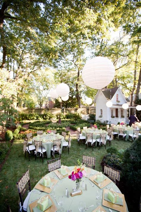 classic nashville backyard wedding from jen chris creed