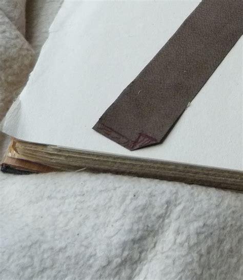 canapé cuir qui colle pose d une charni 232 re en cuir comment la r 233 aliser