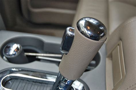 Ford F150 Shifter Knob by Floor Shifter Knob Change How To 2007 Pics