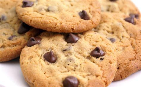 biscotti dietetici fatti in casa dolci senza burro biscotti alla farina di riso e gocce di